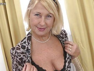Old but so hawt golden-haired granny and her juicy bawdy cleft